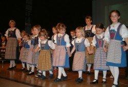 Trachtengruppe2 - Trachtengruppe Rickenbach