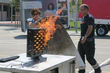 BrandschutzübungLP 05.09.18 03 386x257 - Brandschutzübung für Lehrpersonen der Schule Rickenbach