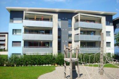 Haus 4 386x257 - 4½-Zimmerwohnung Parterre, Stierenberg Allee 4