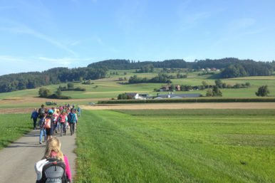 Herbstwanderung 3. 4.Kl .04.09.2018 6 386x257 - Herbstwanderung 3./4.Klassen Rickenbach