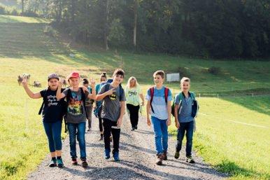 Herbstwanderung 5. 6.Klasse 04.09.2018 12 386x257 - Herbstwanderung 5./6.Klassen Rickenbach