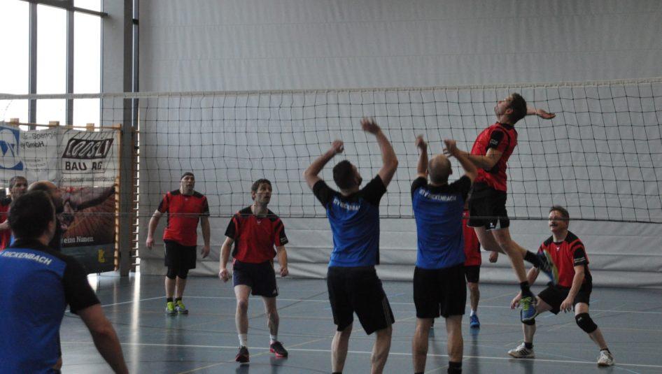 Volleyball Turnier Rickenbach 1 946x535 - Volleyball-Turnier für Männerriegen/Plausch- und Mixed-Teams
