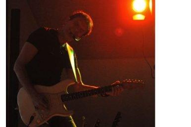 Paul Etterlin 386x257 - Paul Etterlin rockt das Gweyhuus