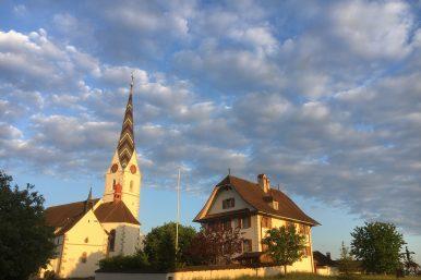 18.07.25.Pfeffikon Kirche 386x257 - Gemeindeversammlung
