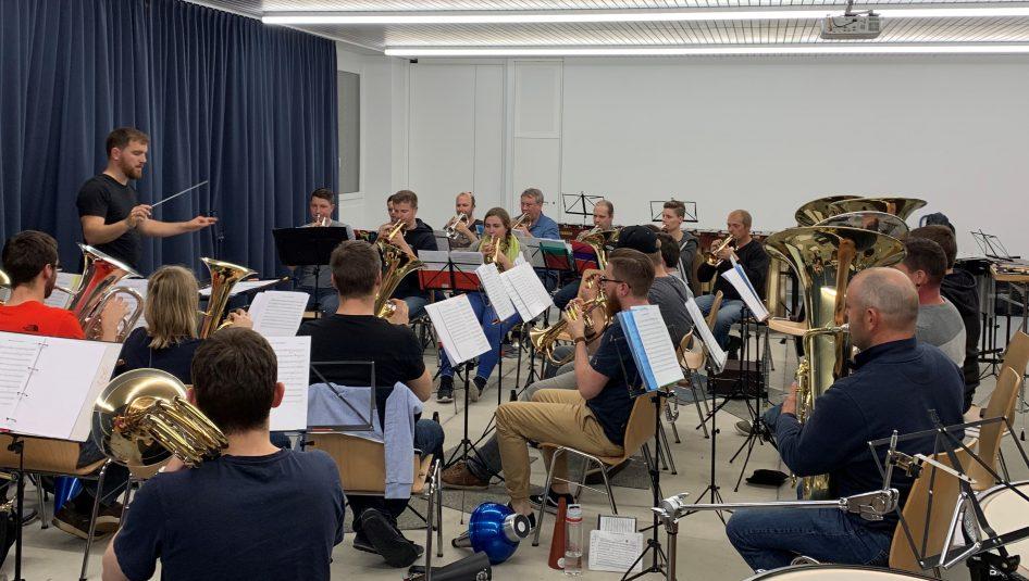 IMG 0841 946x535 - Ein Genuss fürs Ohr - Brass Band Rickenbach