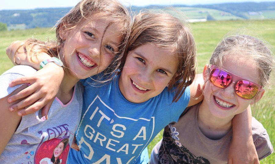 Schulreise 3. 4.Kl .C.06.20 04 900x535 - Schulreisen der Schule Rickenbach