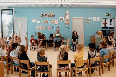 1.Schultag 17.08.2020 08 386x257 - 1.Schultag in der Schule Rickenbach und Pfeffikon